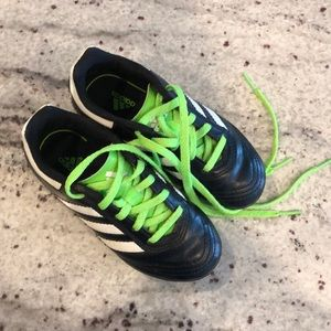 Kid size 10.5 soccer cleats